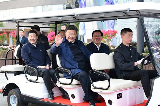 习近平在上海考察时强调:提高大都市治理能力和水平