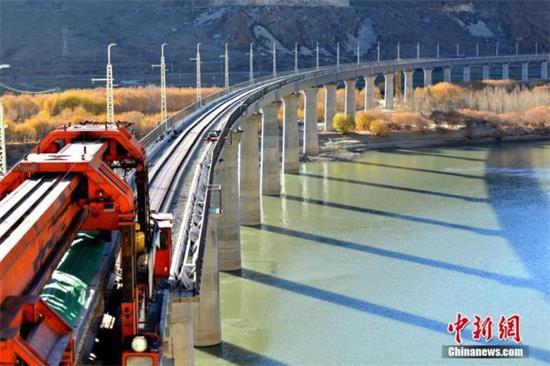 今年中国铁路将投产新线逾4000公里
